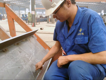 检测钢结构件焊缝高度